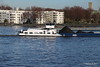 VISCO II pushing VISCO I with JOLIEN Passing IJ Amsterdam PDM 10-03-2017 09-45-54