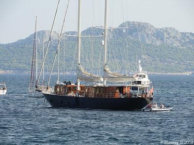 SATORI with MOONSHADOW NOA behind Aegina PDM 14-09-2018 18-02-34