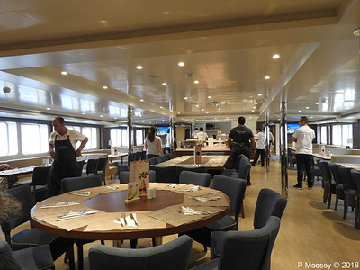 Dining Room Restaurant fwd Main Deck COSMOS PDM 14-09-2018 12-25-10