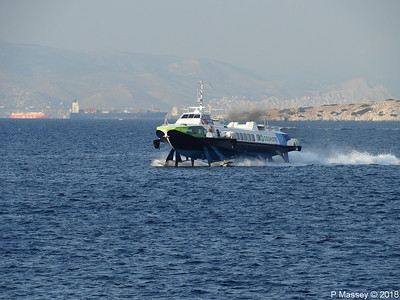 FLYING DOLPHIN 17 approaching Aegina PDM 14-09-2018 18-26-43