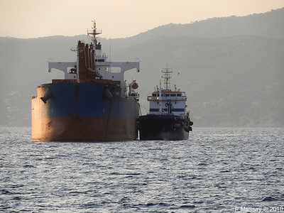 SYROS Bunkering GLOBE TRINCO Piraeus Roads PDM 14-09-2018 18-57-20