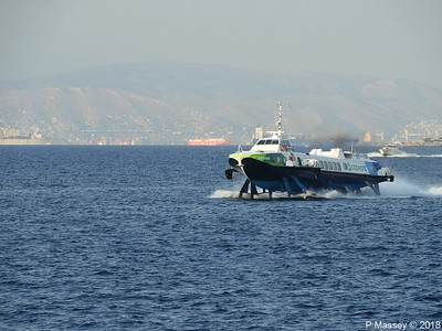 FLYING DOLPHIN 17 approaching Aegina PDM 14-09-2018 18-26-44