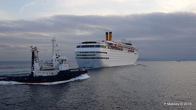 CHRISTOS XXXIV COSTA neoCLASSICA Departing Piraeus PDM 29-10-2016 18-17-00