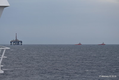 SEDCO 702 Under Tow AH VALLETTA AH VARAZZE to Aliaga Off Cape Pappas SW Ikaria Island PDM 27-10-2016 16-43-33