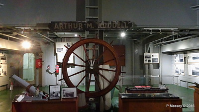 ARTHUR M HUDDELL Name Plate Wheel ss HELLAS LIBERTY Piraeus PDM 30-10-2016 12-59-08