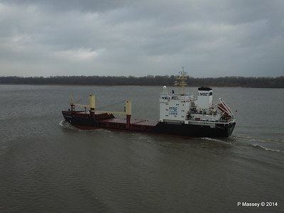 KAPITAN YAKOVLEV on the Elbe PDM 16-12-2014 11-23-20