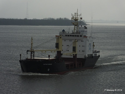 KAPITAN YAKOVLEV on the Elbe PDM 16-12-2014 11-22-43