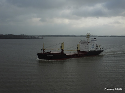 KAPITAN YAKOVLEV on the Elbe PDM 16-12-2014 11-23-04