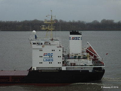 KAPITAN YAKOVLEV on the Elbe PDM 16-12-2014 11-23-017