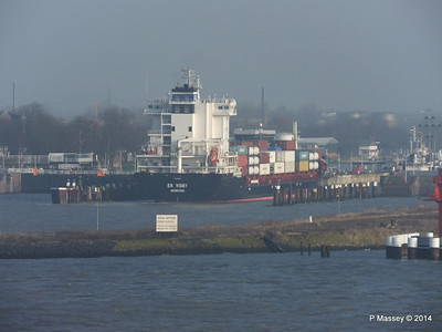 ER VISBY Entering Kiel Canal PDM 16-12-2014 09-44-37