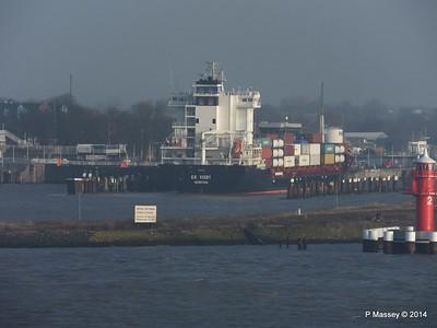 ER VISBY Entering Kiel Canal PDM 16-12-2014 09-44-43