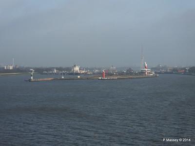 ER VISBY Brunsbuttel Locks Kiel Canal PDM 16-12-2014 09-44-031