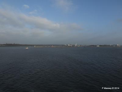 Brunsbuttel Locks Kiel Canal PDM 16-12-2014 09-46-13