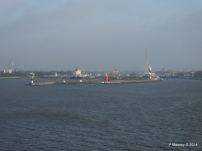 ER VISBY Brunsbuttel Locks Kiel Canal PDM 16-12-2014 09-44-30
