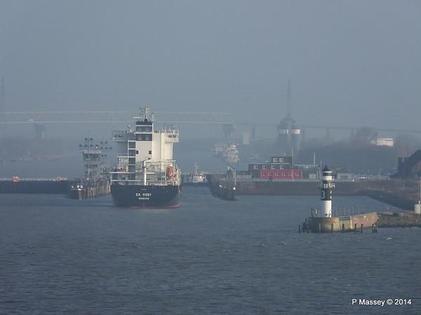 ER VISBY Approaching the Kiel Canal PDM 16-12-2014 09-41-42