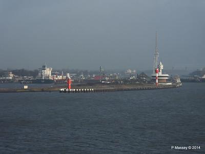 ER VISBY Brunsbuttel Locks Kiel Canal PDM 16-12-2014 09-44-49