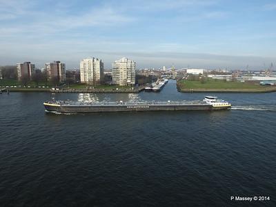SOMTRANS XI Nieuwe Maas Rotterdam PDM 14-12-2014 12-03-026