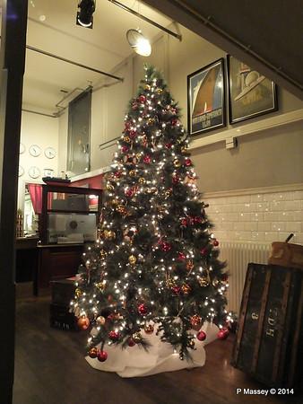 Christmas Tree Reception Hotel New York Rotterdam PDM 14-12-2014 15-36-10