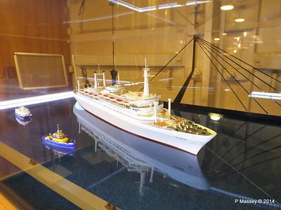 ss ROTTERDAM Model on Board PDM 14-12-2014 14-01-053