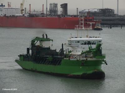 ARTEVELDE METHANIA Zeebrugge 18-10-2012 09-48-49