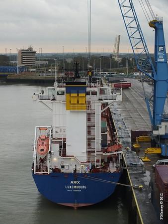 ARX Cobelfret ferries Zeebrugge 18-10-2012 10-49-06