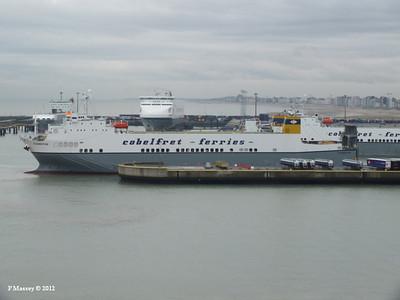 ADELINE YASMINE VALENTINE CLEMENTINE Zeebrugge 18-10-2012 12-26-12