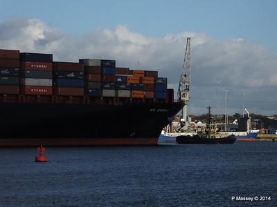APL QINGDAO Departing Southampton PDM 09-01-2014 14-19-48