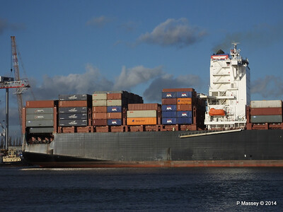 APL QINGDAO Departing Southampton PDM 09-01-2014 14-17-05
