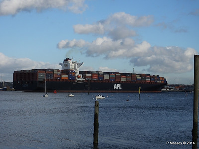 APL QINGDAO Departing Southampton PDM 09-01-2014 14-23-01