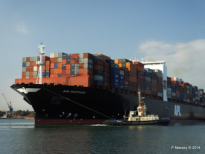 APL RAFFLES Departing Southampton PDM 20-06-2014 19-12-00