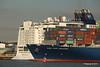 CMA CGM AMAZON Passing NORWEGIAN EPIC Southampton PDM 26-09-2015 16-44-36