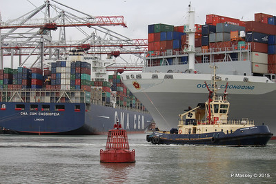 CMA CGM CASSIOPEIA OOCL CHONGQING outbound Southampton PDM 25-04-2015 16-25-006