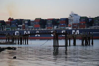 CMA CGM JULES VERNE Outbound Marchwood Jetty Southampton PDM 30-08-2016 19-58-29