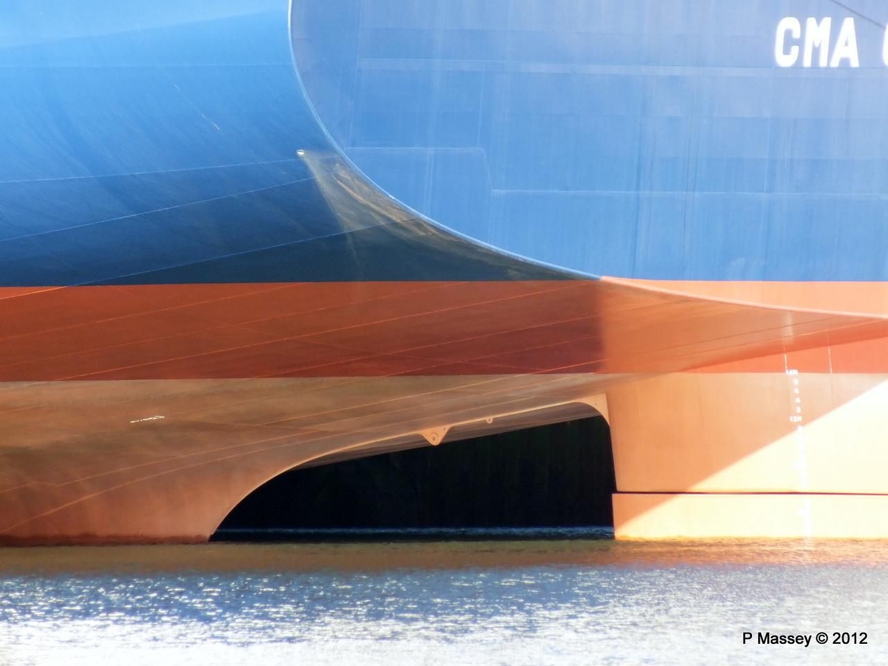 CMA CGM MARCO POLO Southampton PDM 10-12-2012 13-21-56