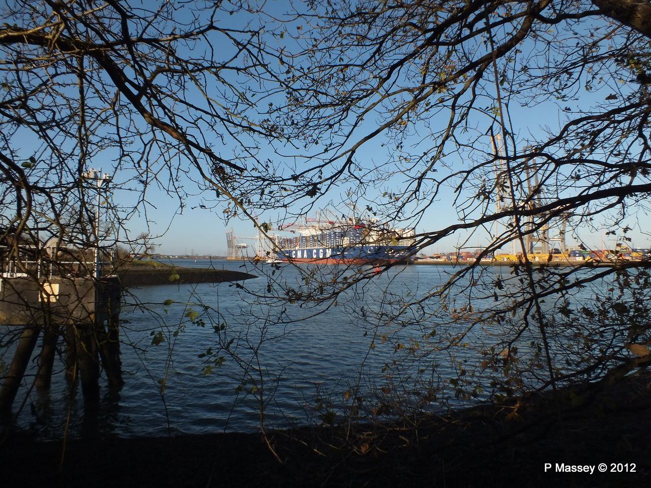 CMA CGM MARCO POLO Southampton PDM 10-12-2012 13-11-42