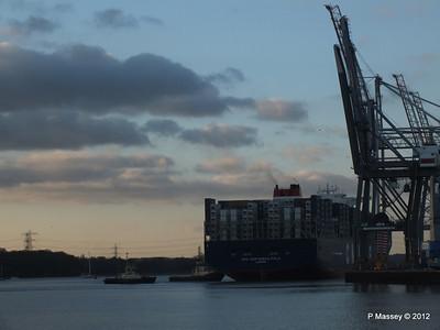 CMA CGM MARCO POLO Southampton PDM 10-12-2012 15-58-09