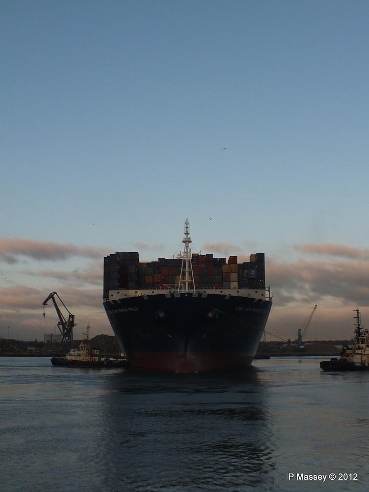 CMA CGM MARCO POLO Southampton PDM 10-12-2012 16-22-33