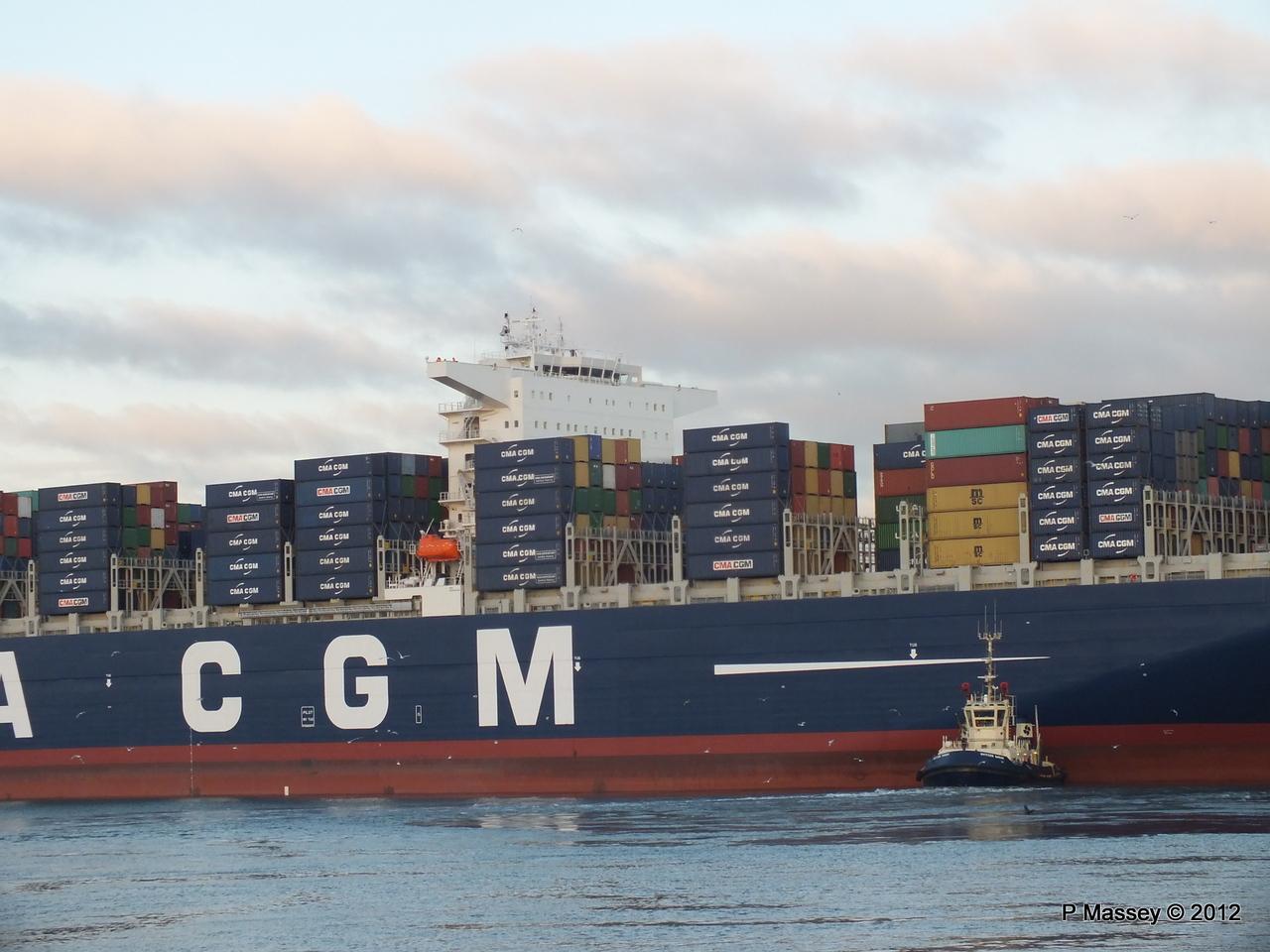 CMA CGM MARCO POLO Southampton PDM 10-12-2012 16-26-41