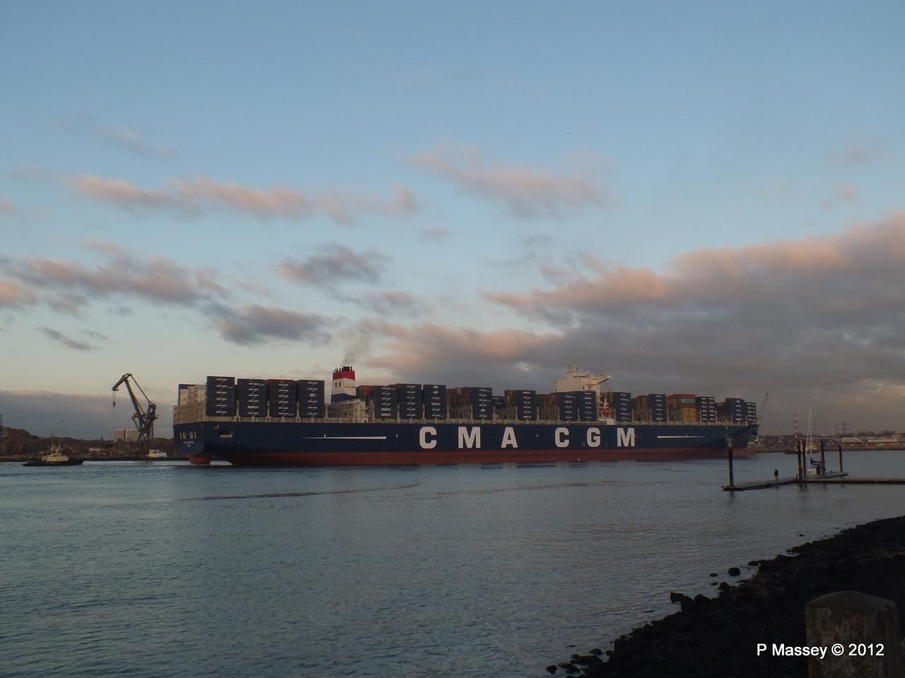 CMA CGM MARCO POLO Southampton PDM 10-12-2012 16-32-32
