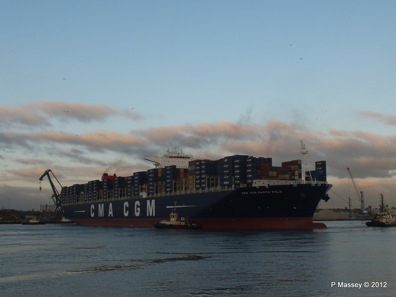 CMA CGM MARCO POLO Southampton PDM 10-12-2012 16-24-57