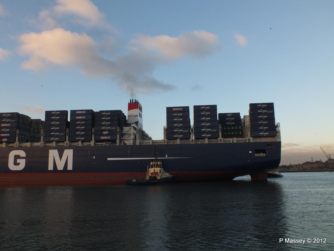 CMA CGM MARCO POLO Southampton PDM 10-12-2012 16-13-59