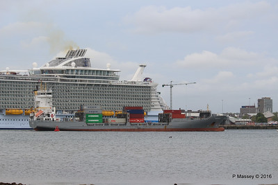 FRANCOP Departing Passing HARMONY OF THE SEAS Southampton PDM 20-05-2016 17-14-53