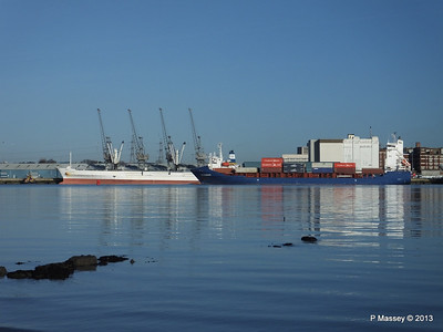 ICE RUNNER Arriving Southampton PDM 29-12-2013 12-17-03