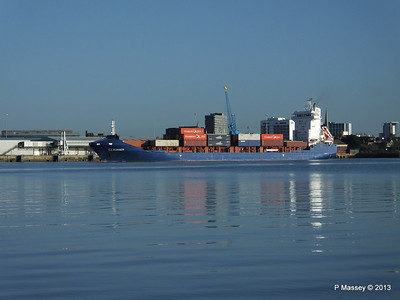 ICE RUNNER Arriving Southampton PDM 29-12-2013 12-14-50