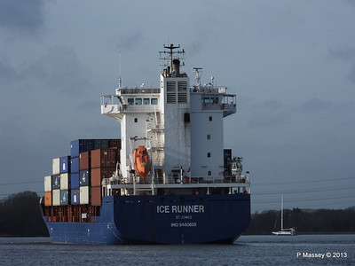 ICE RUNNER Arriving Southampton PDM 20-12-2013 12-15-36