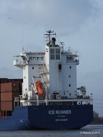 ICE RUNNER Arriving Southampton PDM 20-12-2013 12-15-13
