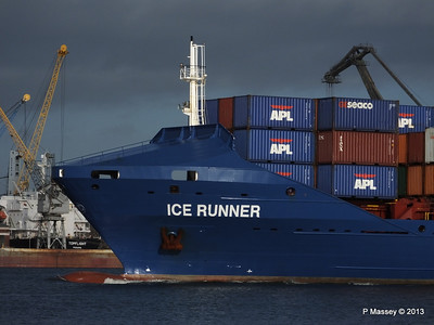 ICE RUNNER Arriving Southampton PDM 20-12-2013 12-12-14