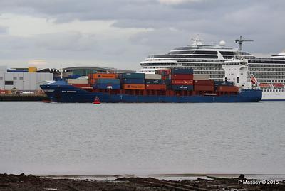 WMS GRONINGEN Arriving Southampton PDM 04-08-2016 18-47-31