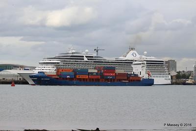 WMS GRONINGEN Passing MARINA Southampton PDM 04-08-2016 18-47-16