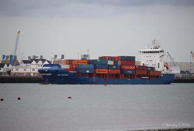 WMS GRONINGEN Arriving Southampton PDM 04-08-2016 18-43-47